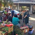 38-1.於平和社區活動中心集合與帶部落傳統提親禮品