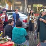 38-2.於平和社區活動中心集合與帶部落傳統提親禮品