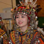 C115-51. 結婚傳統舞