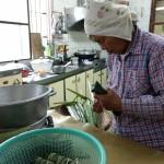 13-1.師母賴高玉梅製作傳統美食Cinavu