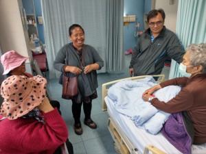 ★玉泉長老教會對住院的賴高玉梅師母關懷禱告並贈慰金