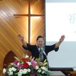 16-14牧師傅梅珠祝福祈禱