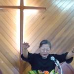 12-1.牧師傅梅珠祝福祈禱
