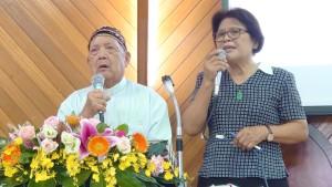 ◆白德明牧師母語講道,呂秀蘭執事華語翻譯。2020/9/06(日)攝影:賴約翰 〈請點圖放大〉