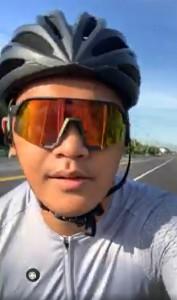 ◆女婿白洛威(白天生)熱愛騎單車與籃球,本影像騎單車取自臉書自拍。