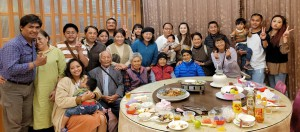 ◆首次以本賴家Zengrur之名邀家族春節聚餐後留影。攝影/賴約翰 2021/2/15(一)〈請點圖放大〉