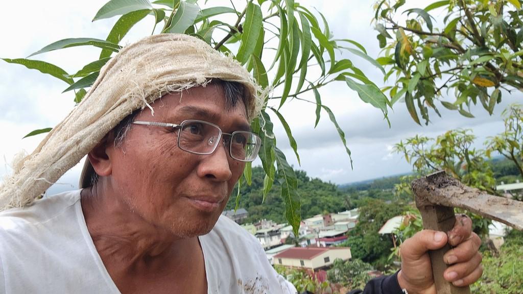 ◆在我家後院山坡上補種愛文芒果苗 攝影/自拍 2021/7/30 上午